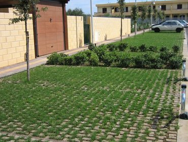 Green parking lots_32