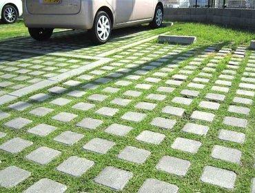 Green parking lots_36