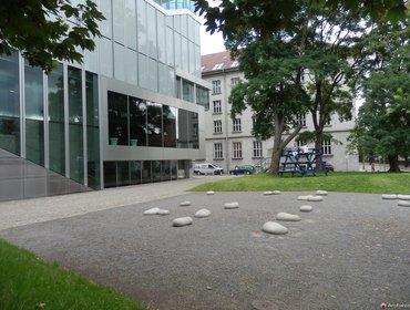 Netherlands Embassy_23