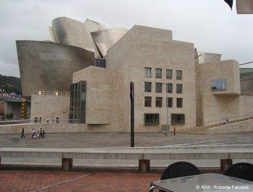 Guggenheim_museum_bilbao_03
