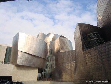 Guggenheim_museum_bilbao_04