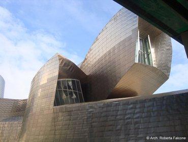 Guggenheim_museum_bilbao_05