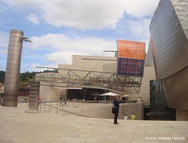 Guggenheim_museum_bilbao_08