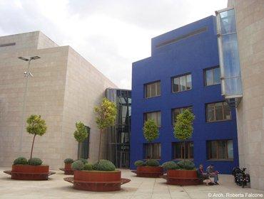 Guggenheim_museum_bilbao_10