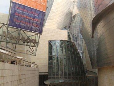 Guggenheim_museum_bilbao_13
