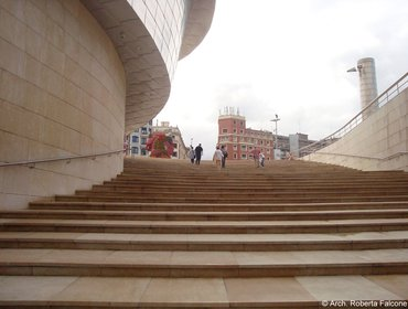 Guggenheim_museum_bilbao_15