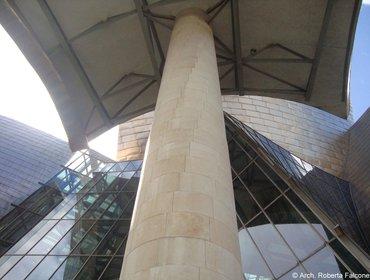 Guggenheim_museum_bilbao_18