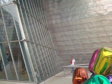 Guggenheim_museum_bilbao_21