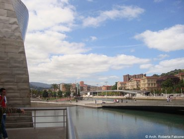 Guggenheim_museum_bilbao_22