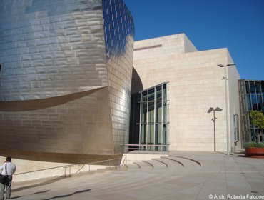 Guggenheim_museum_bilbao_49