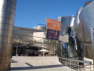 Guggenheim_museum_bilbao_50
