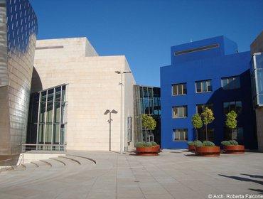 Guggenheim_museum_bilbao_52