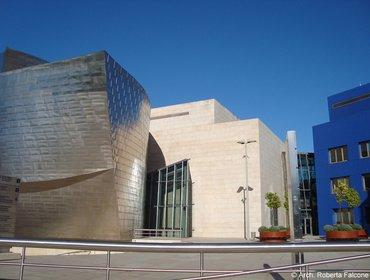 Guggenheim_museum_bilbao_56