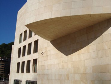 Guggenheim_museum_bilbao_57
