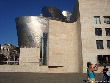 Guggenheim_museum_bilbao_60