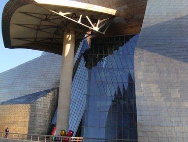 Guggenheim_museum_bilbao_74