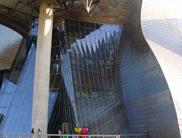 Guggenheim_museum_bilbao_77