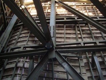Guggenheim_museum_bilbao_83